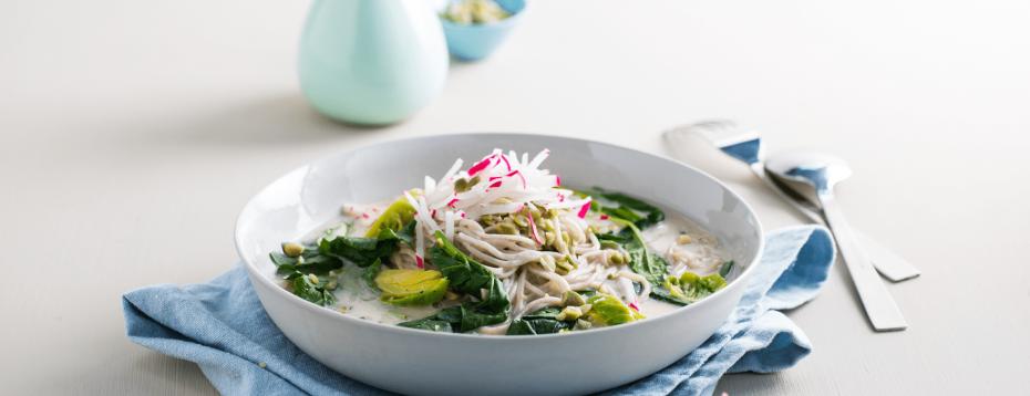 Soba Noodle And Green Vegetable Bowl/jar